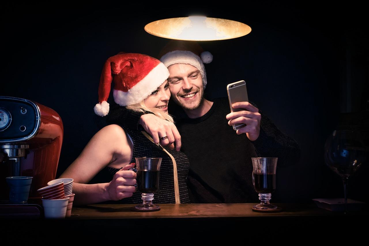 Christmas Dating